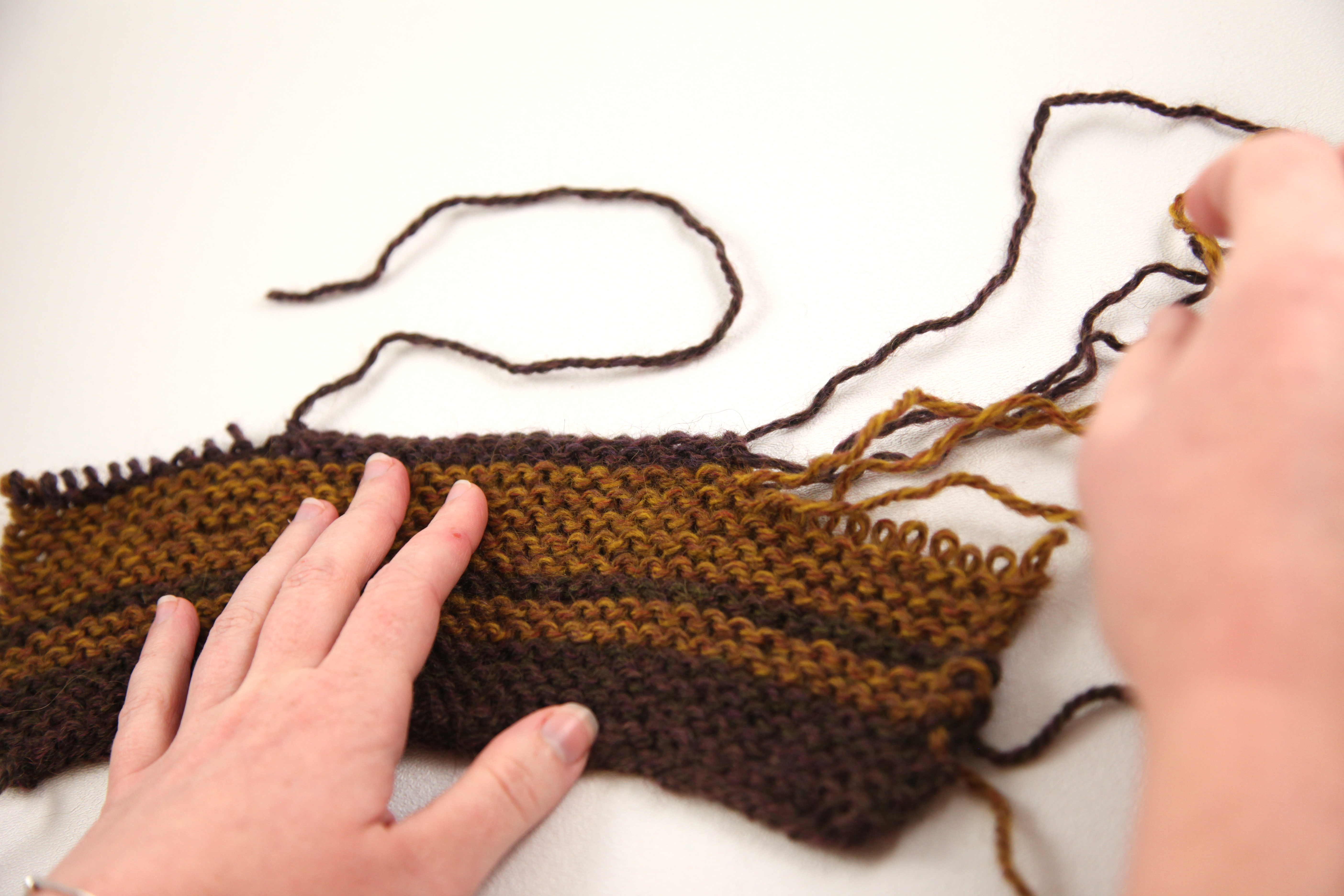 edging multiple skeins at once